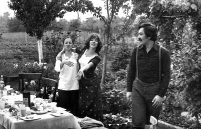 Redakcija slavi proleće - maj 1975.